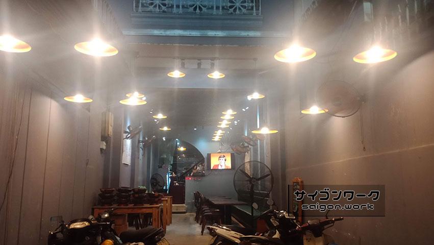 ぶたさま ガラガラの店内 | サイゴンワーク - ホーチミンで現地採用として働く人のブログ -